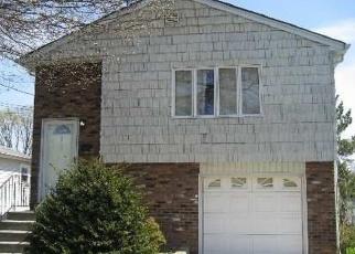 Casa en ejecución hipotecaria in Copiague, NY, 11726,  VOLTA ST ID: P1134940