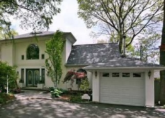 Foreclosed Home in WASHINGTON DR, Centerport, NY - 11721