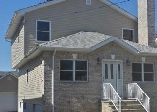 Foreclosure Home in Totowa, NJ, 07512,  WASHINGTON PL ID: P1135598