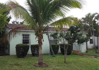 Foreclosed Home en NW 111TH ST, Miami, FL - 33168