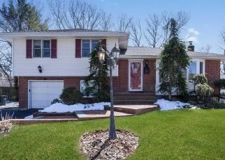 Casa en ejecución hipotecaria in Melville, NY, 11747,  ALDERFIELD LN ID: P1136493