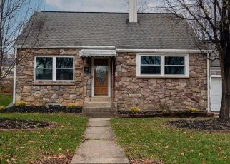 Foreclosed Home en GERALD AVE, Reading, PA - 19607