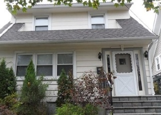 Foreclosed Home en CLOVE RD, New Rochelle, NY - 10801