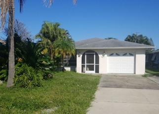 Foreclosed Home en 104TH AVE N, Naples, FL - 34108