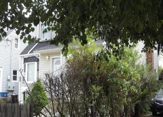 Foreclosed Home en BELMONT PKWY, Hempstead, NY - 11550