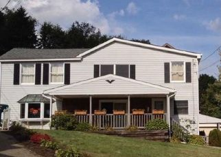 Foreclosed Home en ANGLE ALY, Pittsburgh, PA - 15223