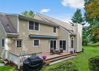 Foreclosed Home en WORTHINGTON RD, White Plains, NY - 10607