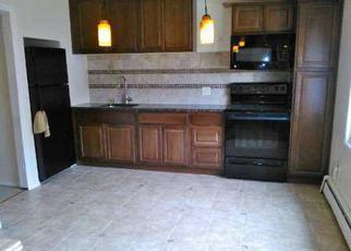 Foreclosed Home in SILVERLEAF LN, Islandia, NY - 11749