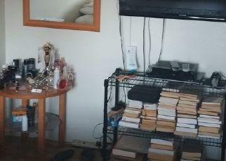 Foreclosed Home en METROPOLITAN AVE, Bronx, NY - 10462