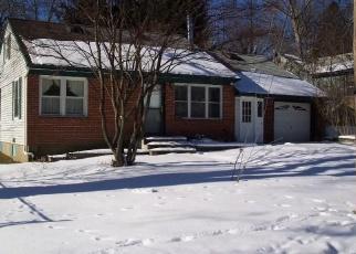 Foreclosed Home en GENEVA DR, Carmel, NY - 10512