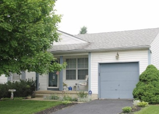 Foreclosed Home en RIEGELWOOD LN, Columbus, OH - 43204