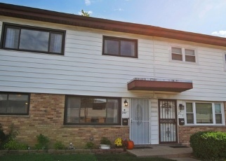 Casa en ejecución hipotecaria in Des Plaines, IL, 60018,  DOVER DR ID: P1142364