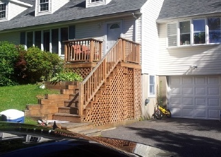 Foreclosed Home in WOODBURY RD, Huntington, NY - 11743