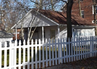 Foreclosed Home en CLEVELAND HEIGHTS BLVD, Cleveland, OH - 44121