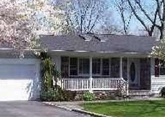 Casa en ejecución hipotecaria in Nesconset, NY, 11767,  ALEXANDER AVE ID: P1143617