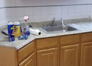 Foreclosed Home en METROPOLITAN OVAL, Bronx, NY - 10462