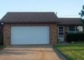 Foreclosed Home in BLUE RIDGE DR, Elk City, OK - 73644