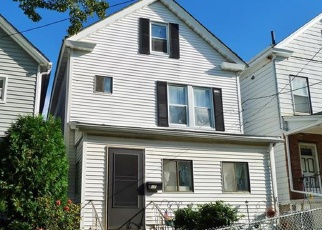 Foreclosed Home en WILLIAM ST, Ossining, NY - 10562