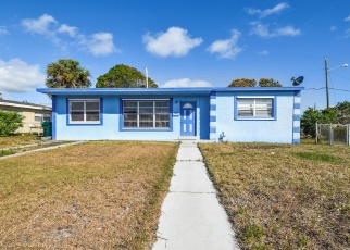 Foreclosed Home in W 26TH CT, West Palm Beach, FL - 33404