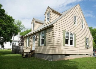 Foreclosed Home en STATE ROUTE 143, Coeymans Hollow, NY - 12046