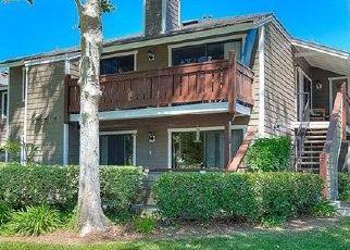 Foreclosed Home en ALAMO LN, Yorba Linda, CA - 92886