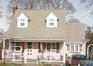Foreclosed Home in WILLIAM ST, Seaford, NY - 11783