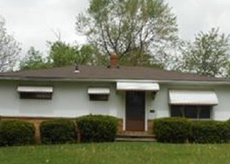 Foreclosed Home en GREEN DR, Cleveland, OH - 44125