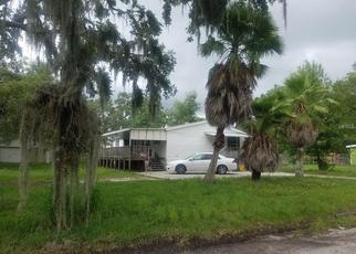 Foreclosed Home en FLETCHER AVE, Lakeland, FL - 33803