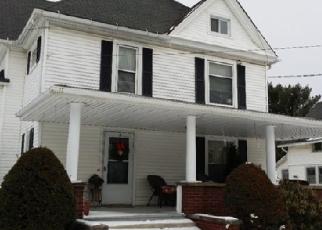 Foreclosed Home en E SMITH RD, Medina, OH - 44256