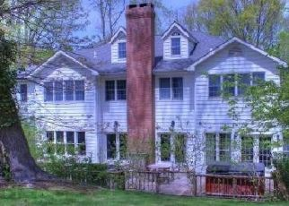 Foreclosed Home in STARGAZER CT, Northport, NY - 11768