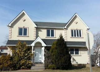 Foreclosed Home in PATTERSON AVE, Franklin Square, NY - 11010