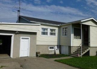 Foreclosed Home en VAN DORN RD N, Ithaca, NY - 14850