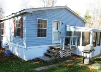 Foreclosed Home en LEDGE HILL RD, Westport, NY - 12993