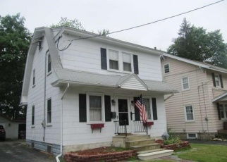 Foreclosed Home in HARDING CT, Pitman, NJ - 08071