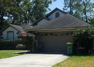 Foreclosed Home en ROYAL FERN LN, Jacksonville Beach, FL - 32250