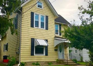 Foreclosed Home en FAIRFIELD AVE, Jamestown, NY - 14701