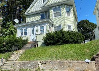 Foreclosed Home en 6TH AVE, Ilion, NY - 13357