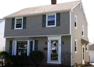 Foreclosed Home en LINCOLN BLVD, Bedford, OH - 44146