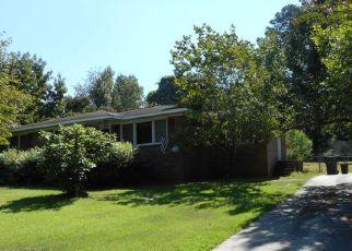 Foreclosed Home en CEDAR TER, Columbia, SC - 29209