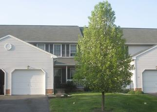 Foreclosed Home en GREYTHORNE RD, Lancaster, PA - 17603