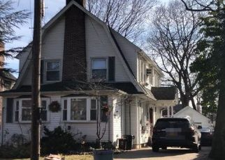 Casa en ejecución hipotecaria in Flushing, NY, 11354,  156TH ST ID: P1155802