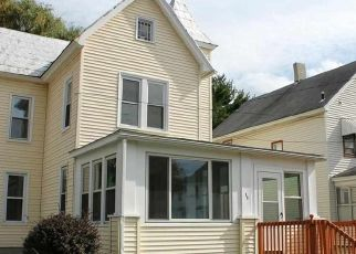 Foreclosed Home en PULVER AVE, Ravena, NY - 12143