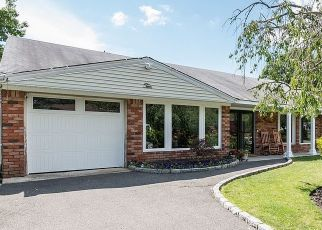 Foreclosed Home en VALERIE LN, Patchogue, NY - 11772