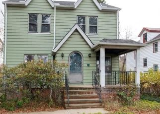 Foreclosed Home en GENESEE RD, Cleveland, OH - 44121