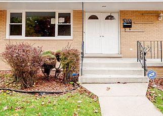 Foreclosed Home en SHERMAN ST, Lansing, IL - 60438