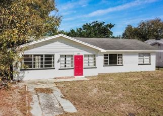 Foreclosed Home en E CENTRAL AVE, Eagle Lake, FL - 33839
