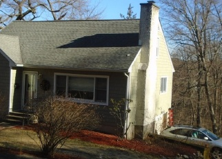 Foreclosed Home en HILLSIDE TER, Brewster, NY - 10509