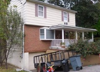 Foreclosed Home en SUNSET DR, Yonkers, NY - 10704