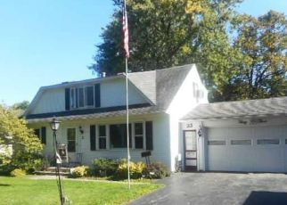 Foreclosed Home en WHELEHAN DR, Rochester, NY - 14616