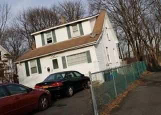 Foreclosed Home en SECOND ST, New City, NY - 10956